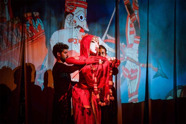The Katkatha Mahabharata performance at a Junoon Salon.