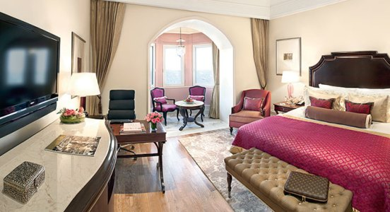 A Grande Luxury Room