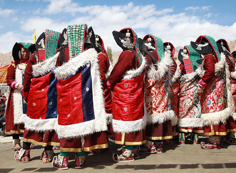 dhunhyu, Featured, kau, Ladakh, Ladakhi culture, Ladakhi headdress, lanbu, perak, sulma, tsaru, Tsering Dolker, yuktil, zurlen
