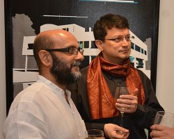 Veer Munshi, Ranjit Hoskote