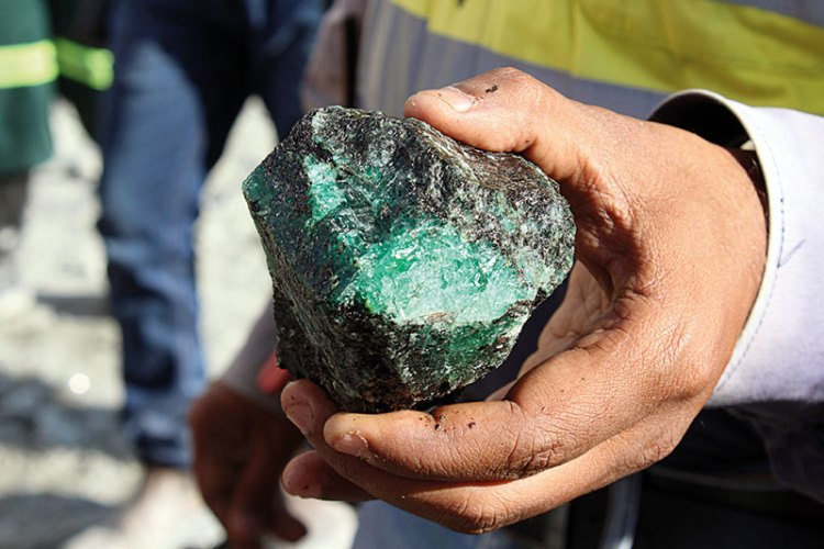 Uncut emerald from the kagem mine
