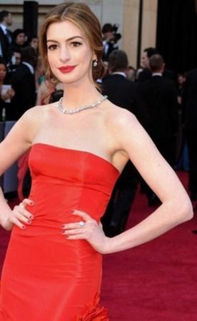 Anne Hathaway, 2011