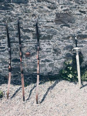 Fire live arrows - Archery movie set experience