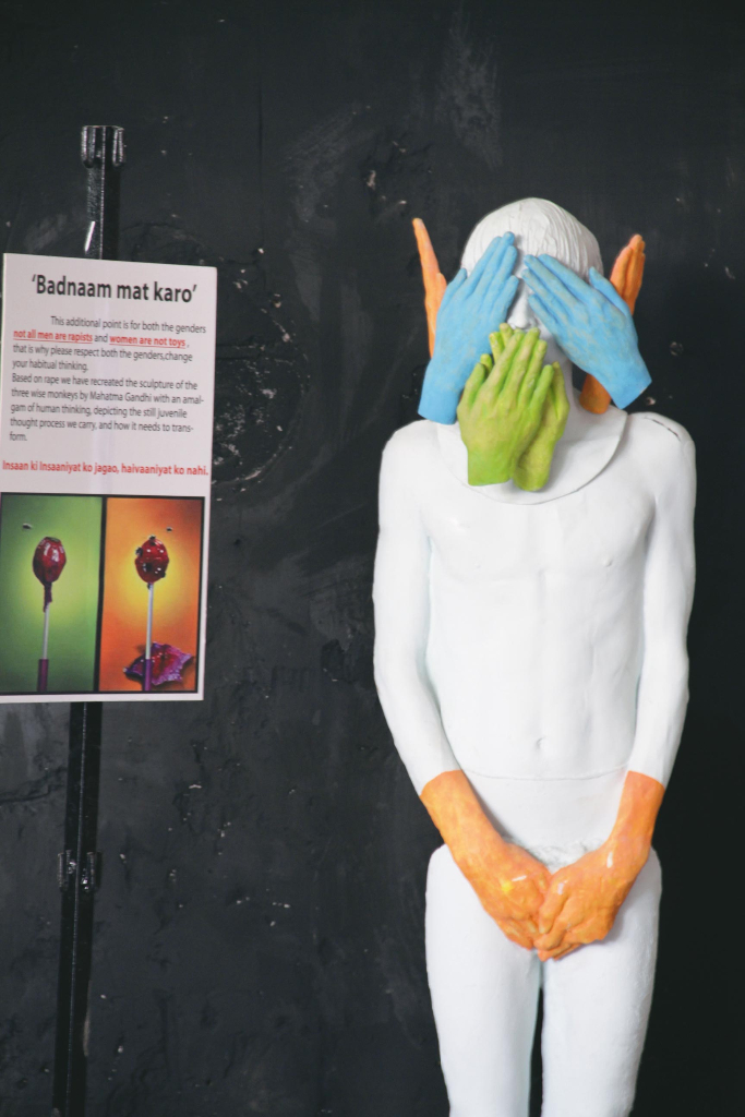 Sculpture-by-Professor-Prashant-Desai-and-students-of-Rachna-Sansad-at-Vikhroli-Skin–photograph-by-Shruti-Wilankar-Bhanse