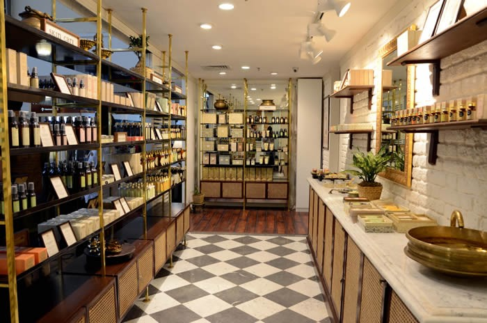 In store beauty experiences: KAMA AYURVEDA