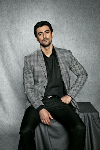 Kunal Kapoor, Best Dressed