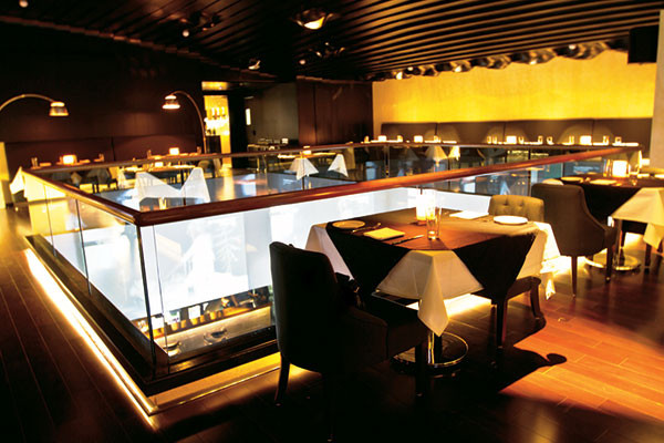 F Bar and Lounge: the upper level, Mumbai's F Bar and Lounge