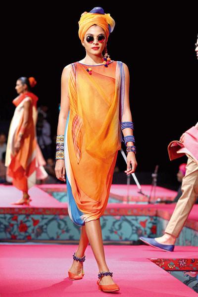 Tarun Tahiliani, Wills Lifestyle India Fashion Week Spring/Summer 2015