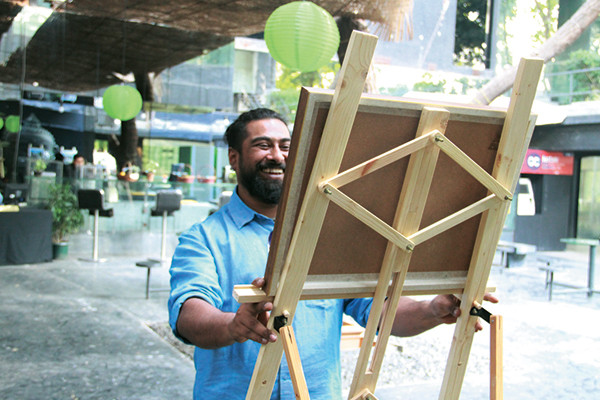 Artist Ali Akbar Mehta at his pop up exhibit at the Godrej India Culture Lab, Parmesh's Viewfinder, Parmesh Shahani
