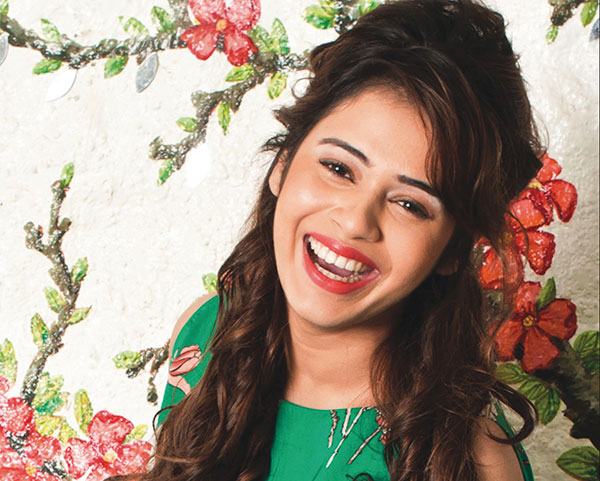 Shalmali-Kholgade-featured.jpg (600×481)