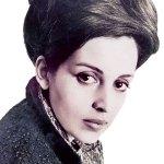 Leela Naidu, Style icon