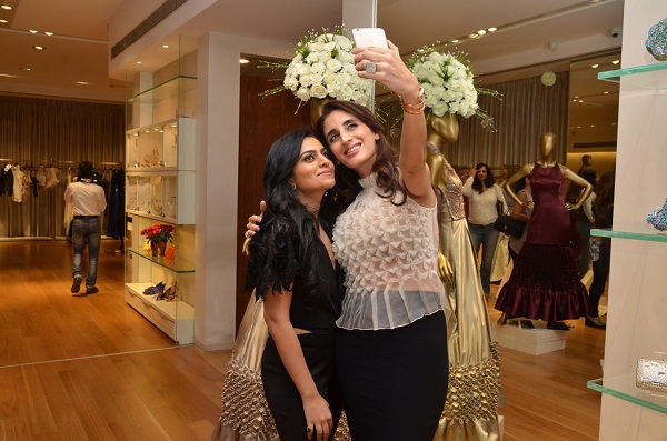 Shivani Awasty, Farah Khan Ali at Shivani Awasty's collection launch in Mumbai