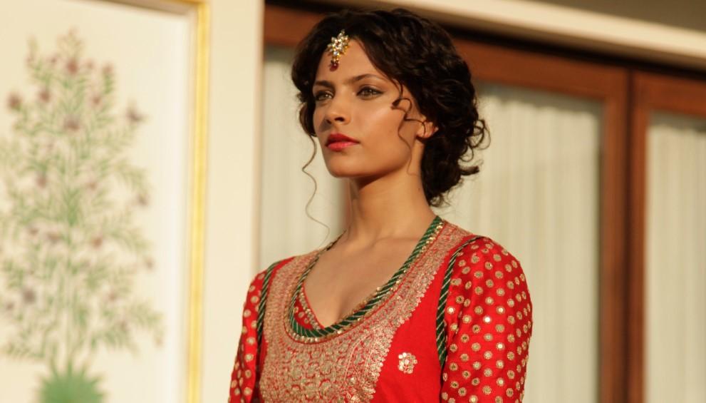 beauty notebook with saiyami kher mirzya