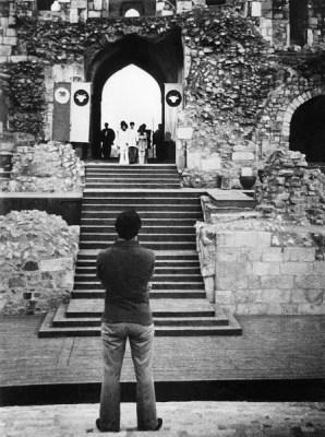 E.Alkazi in rehearsal at Purana Qila, New Delhi, 1974