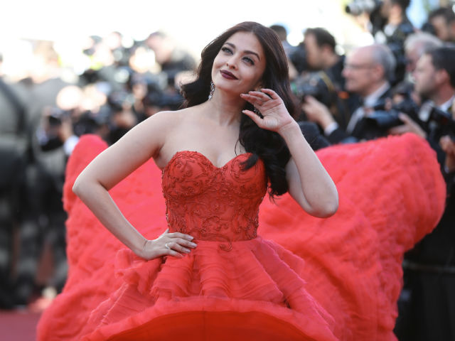 Aishwarya Rai Bachchan, Ralph & Russo, Day 4, Cannes 2017, Fashion, Red Carpet, Celebrities,