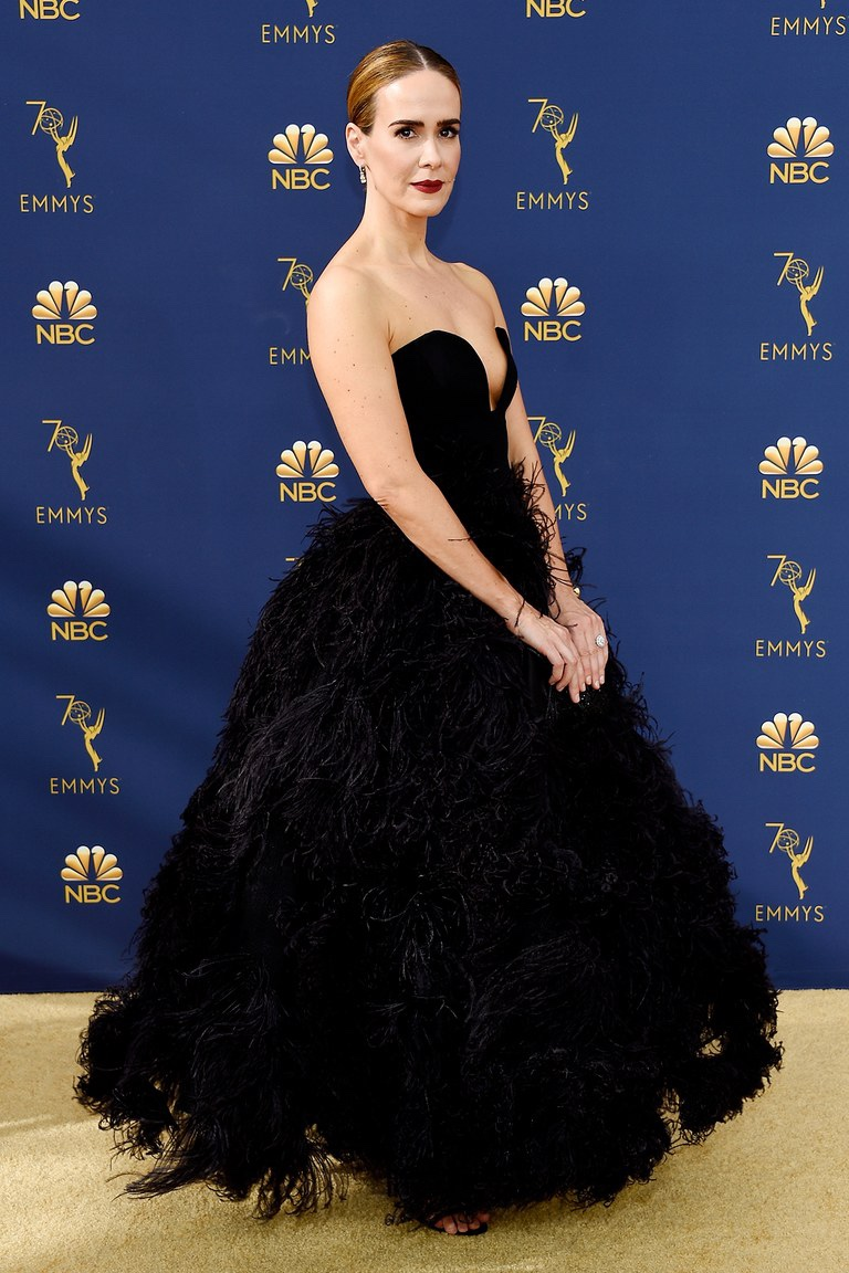 Sarah Paulson in Oscar de la Renta, 70th Annual Primetime Emmy Awards, Betty White, Emmys 2018, Fashion, Featured, Glenn Weiss, Hannah Gadsby, highlights, Jav Svendsen, Online Exclusive, Style, The Marvellous Mrs. Maisel, top moments, We solved it, Diversity