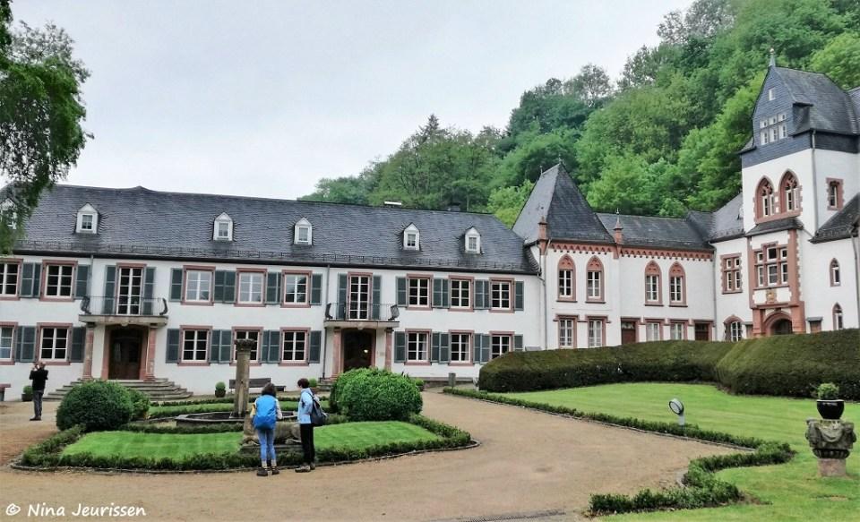Zicht op het binnenplein van Schloss Dagstuhl