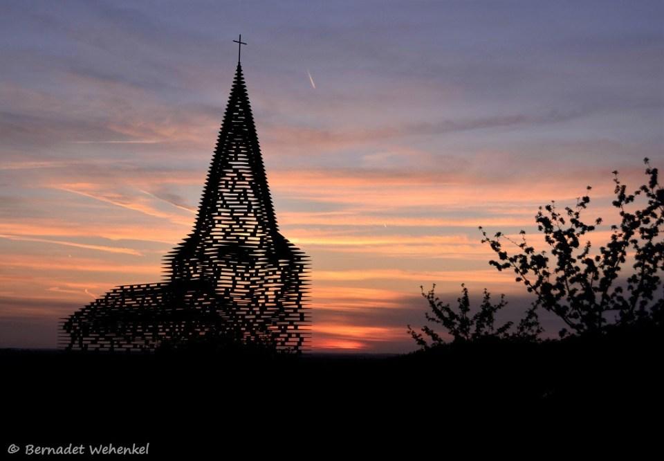 Het doorkijkkerkje in Grootloon