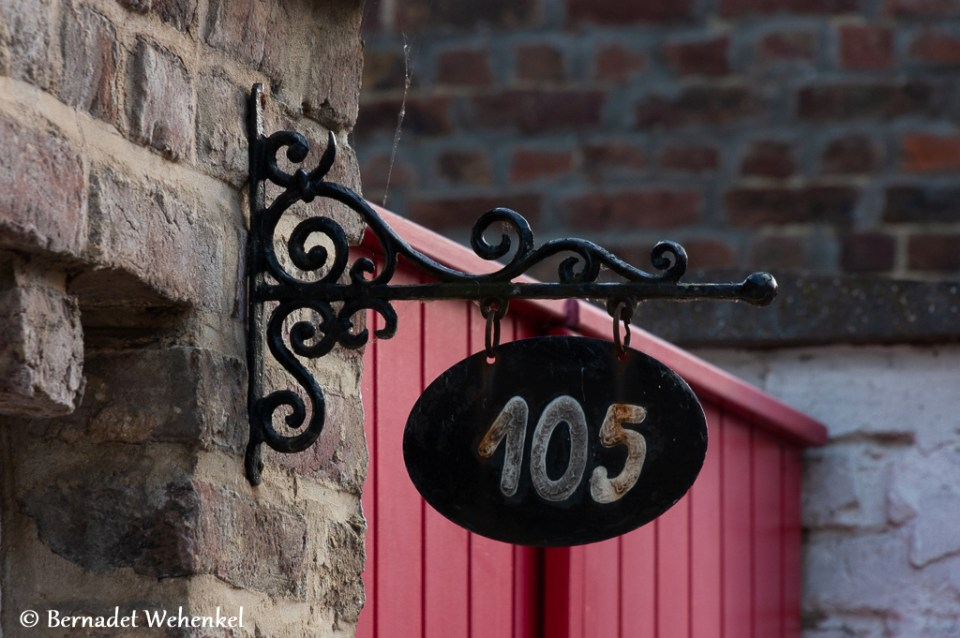 Huisnummer in Bevingen.
