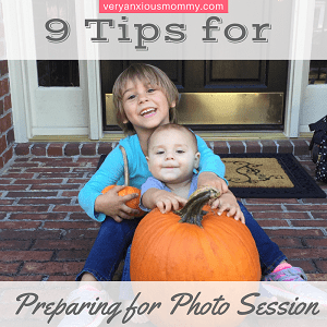 "<p style=""text-align: center;""><span style=""font-family: 'comic sans ms', sans-serif; color: #ff5e78;""><b>9 Tips to Prepare your Family for a Photo Session</b></span></p>"