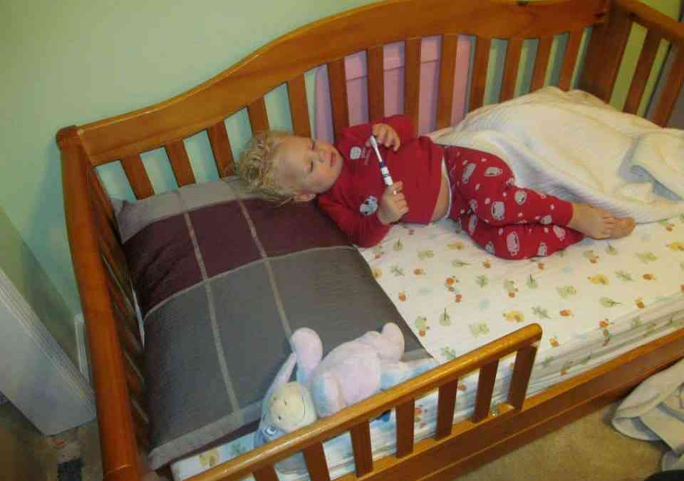 8 Tips for Making a Smooth Transition to a Toddler Bed ...