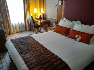 crowne-plaza-edinburgh-room-1