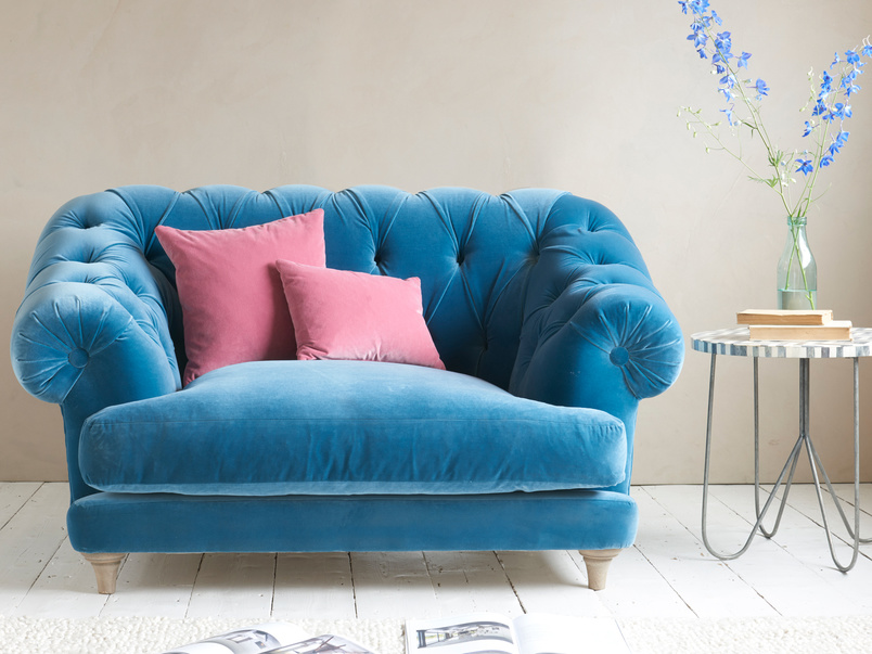 blue room sofa
