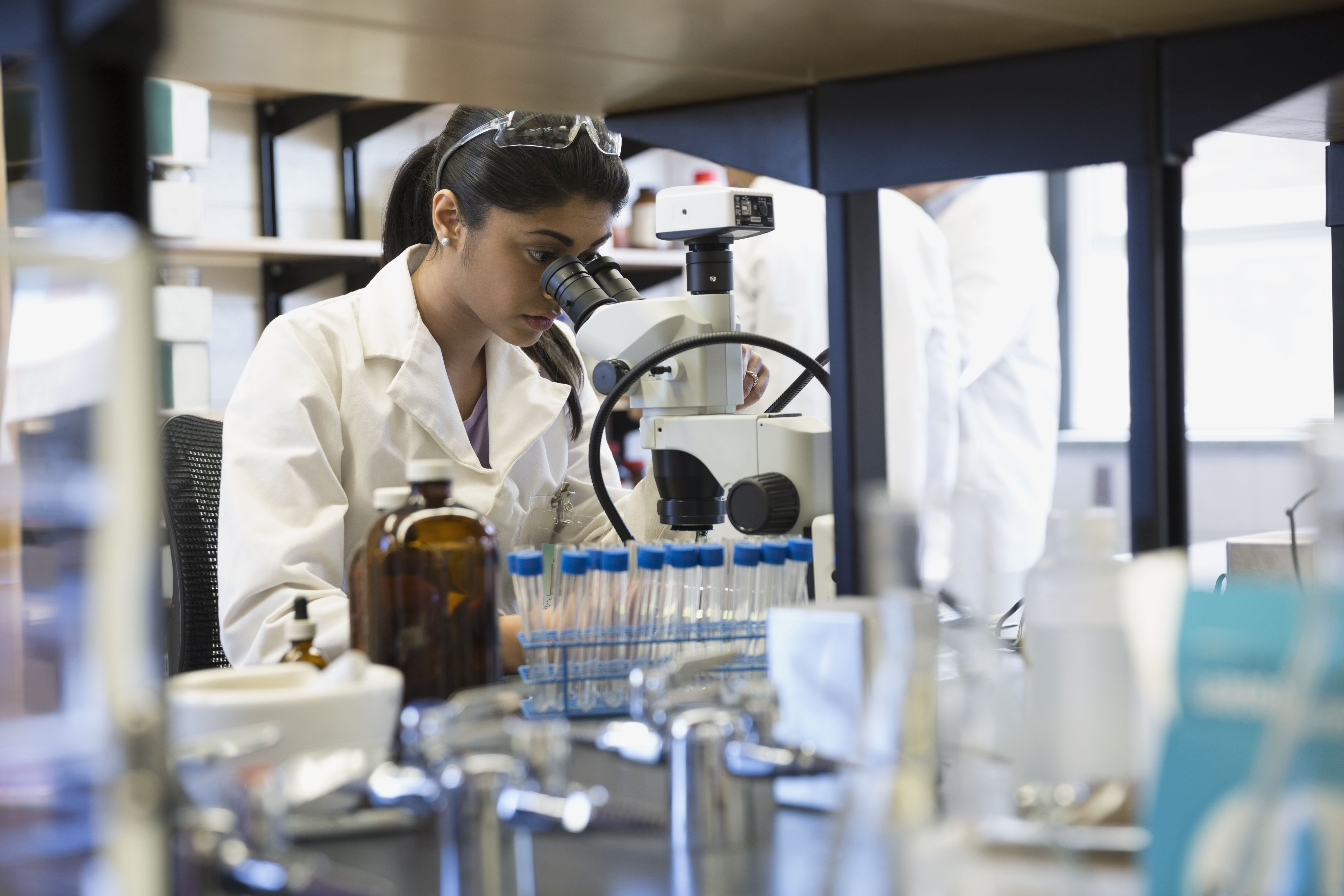 6 Medical Laboratory Career Opportunities