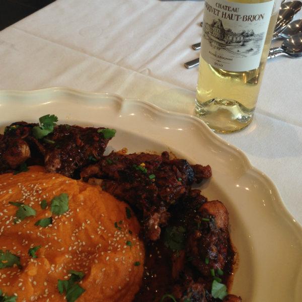 Lapin au miel et épices - purée carotte patate douce - blanc 2010 Château Larrivet Haut Brion - accords mets vins