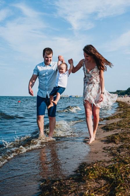 sesja dziecięca nad morzem
