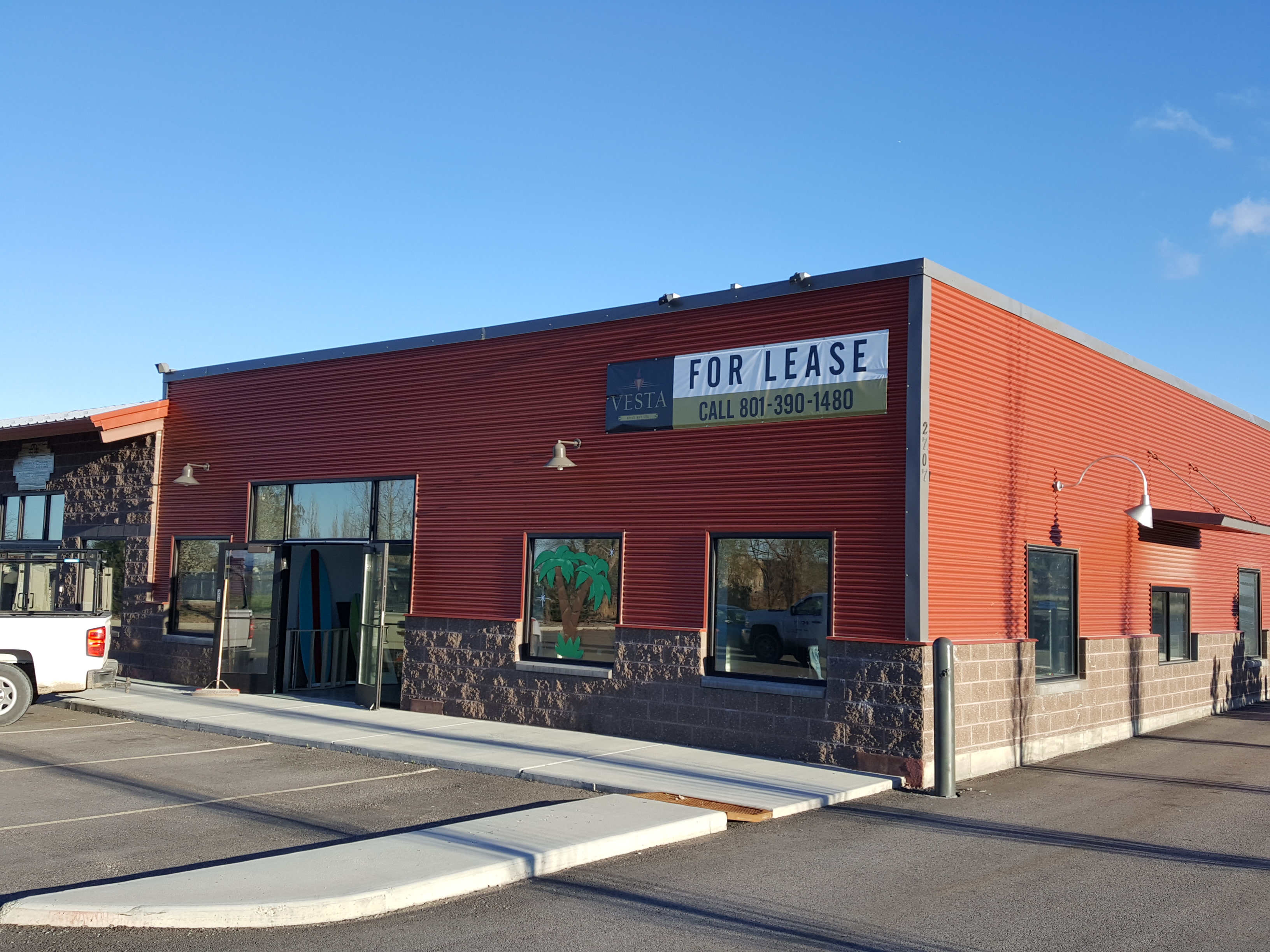 JUST LEASED:  Pleasant View Commercial Unit