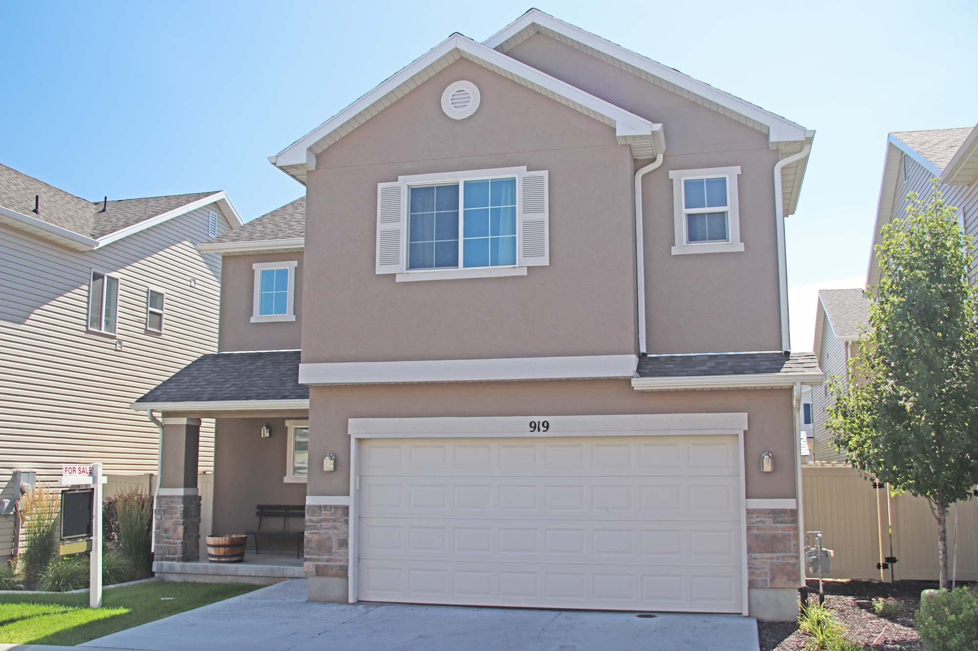 JUST SOLD! 3 Bed 3 Bath North Salt Lake Villa