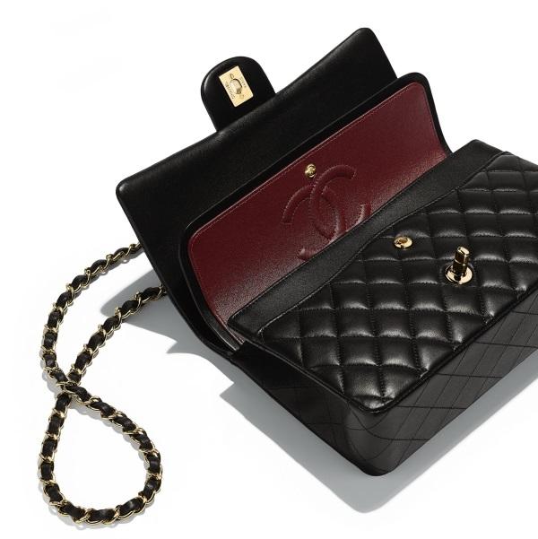 design senza tempo 35431 df109 borsa-chanel-originale-dettagli-interno-rosso - Vestiti Moda