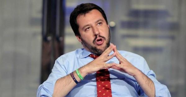 Video O Pernacchio Ecco La Suoneria Contro Salvini Da