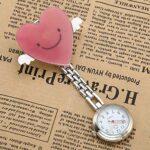 CrystalTears Montre de Poche Infirmières Broche Pince Clip Dessins Dessin Animé Animaux Cadeau Fête Journée de l'infirmière pour Médecin Docteur Fille Femme Homme (Dessin Cupidon)