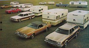 Ford brosjyrebilde fra 1973, der de reklamerer for sin trekkbilpakke. BL