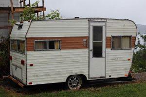 Jeanette O Rick Thorèn: vår nya campingvogn Kit Companion 1970
