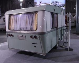 På årets Caravanmesse på Lillestrøm viste Adria en vogn fra 1965, for å markere fabrikkens 50 år som caravanprodusent.BL
