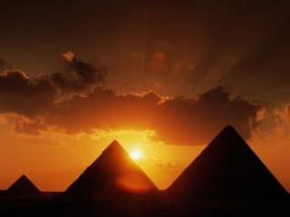 Ironic that the three pyramids represent the three main factions fighting over the constitution. What would the pharaohs think?
