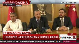 Erdogan mata el golpe con su regreso al aeropuerto