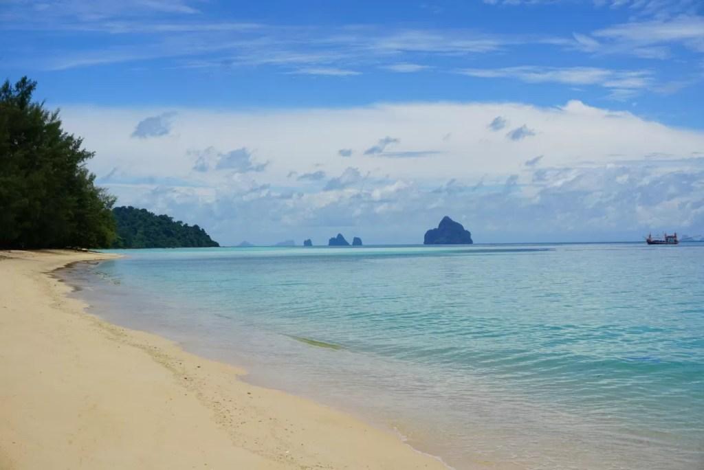 Dit piepklein, maar idyllisch Thais eiland moet je gezien hebben