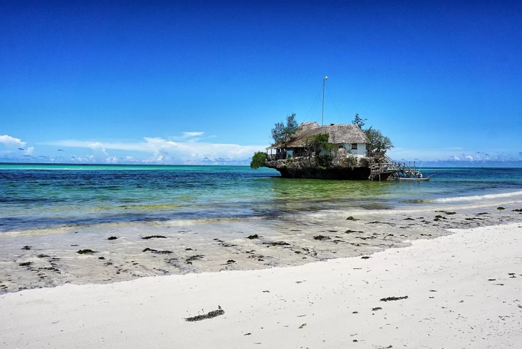 Hotspot: restaurant The Rock in Zanzibar
