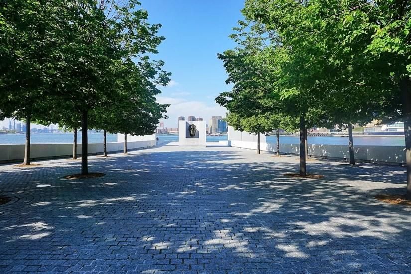 Roosevelt Island park New York