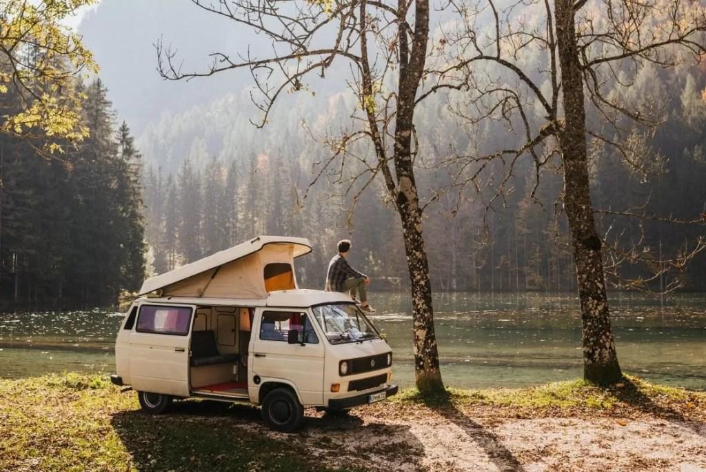 Een roadtrip maken door Slovenië met oldskool camper