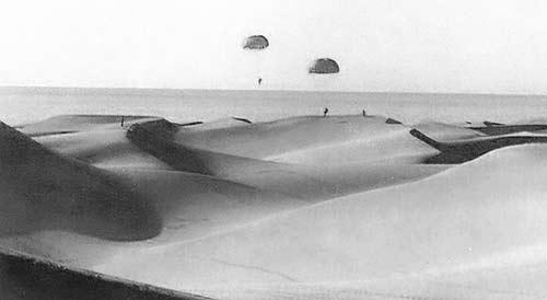 Salto-paracidista-en-el-desierto-del-Sahara-español