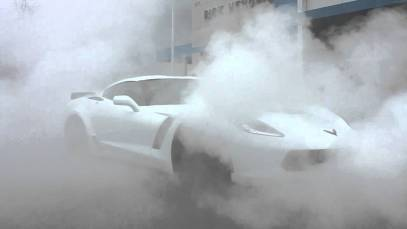 2015 Chevy Corvette Z06 Owner Does Massive Burnout Minutes After Delivery