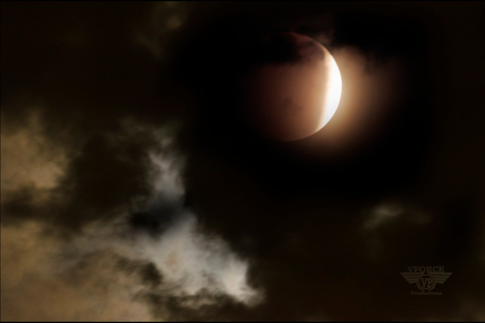 moon eclipse_small
