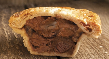 The_Real_Pie_Company_Steak_and_Mushroom_Pie_Gold_British_Pie_winner_2015_cropped