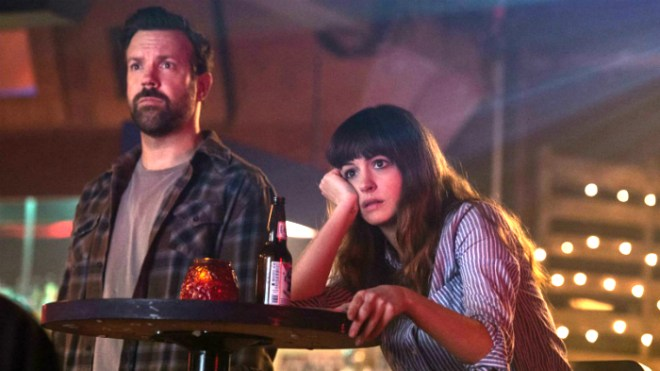 Colossal-Jason Sudekis and Anne Hathaway