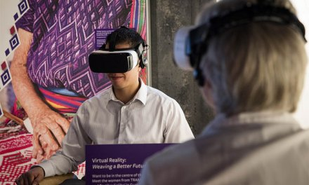 Removing Borders with Virtual Reality